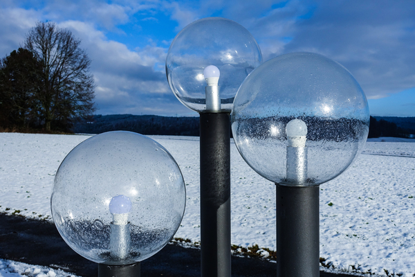 ronde lampen in de winter: