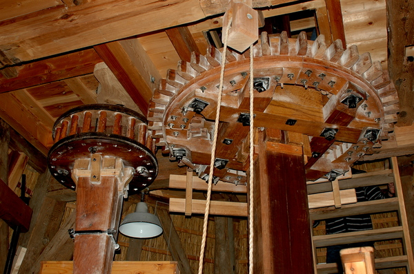 Axle of a windmill: Axle of a windmill used to produce flour.