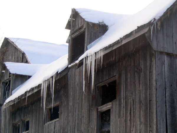 Icicles on Barn: Snow & icicles on a horse barn.Please let me know if you use my pictures for anything. I take pictures just for fun & would be absolutely thrilled to know if they came in useful for anyone! Thanks!