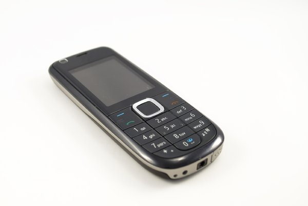 Mobile phone 3: Images of a mobile phone