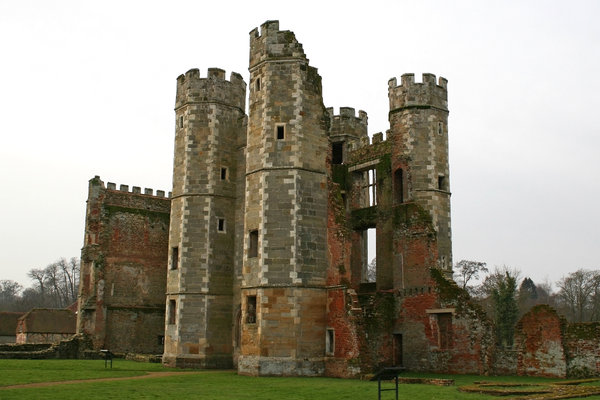 Castle ruins: Ruins of a castle in West Sussex, England.