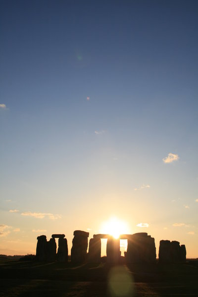 Sunset: Sunset at Stonhenge, Wiltshire, UK