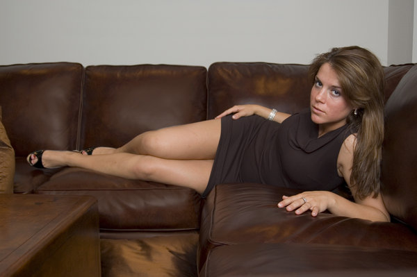 Leather couch 3: Amy on a leather couch