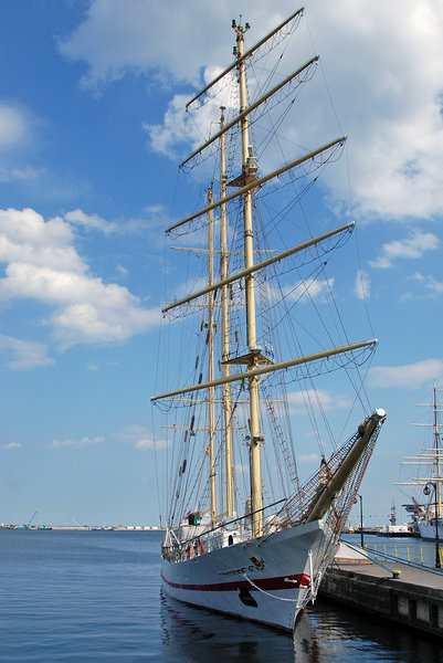 Polish tall ship  ISKRA in Gdy: Polish barquentine (also spelled barkentine)  ISKRA