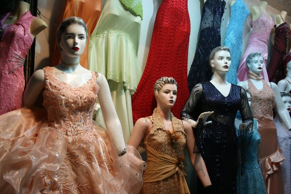 Mannequins: Dress shop in Damascus souk