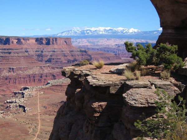 Canyonlands National Park: A view of the far away mountains from Canyonlands National Park
