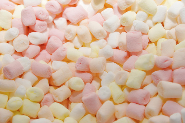 marshmallows: fluffy marshmallows...