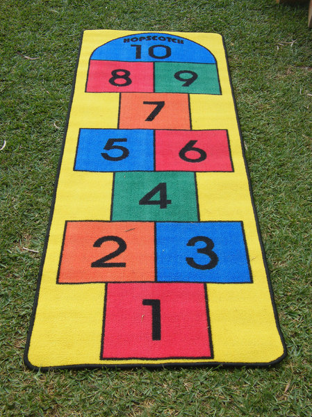 hopscotch game: hopscotch game mat