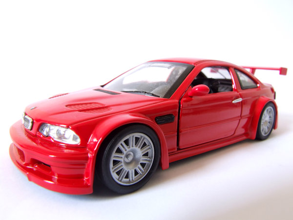 Red Car 3: BMW M3 GTR