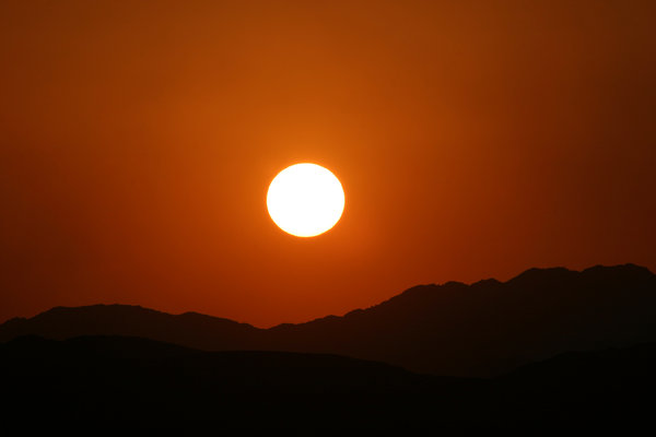 sunset in the desert 2: sunset in the jordan's desert