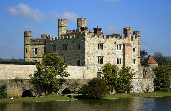Leeds Castle, UK 2: Leeds Castle, set on two islands on the River Len in the heart of Kent, UK, has been home to royalty, lords and ladies for more than 900 years.