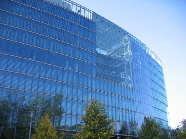 glass office architecture: This building can be found on the Potsdamer Platz in Berlin, Germany.