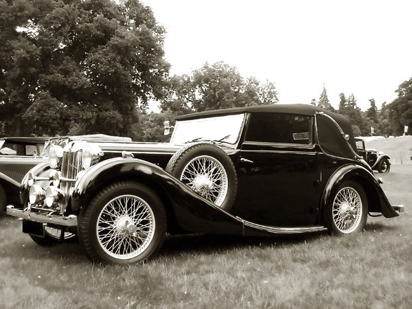 Vintage car in black and white: Vintage car from 1920s in B&W