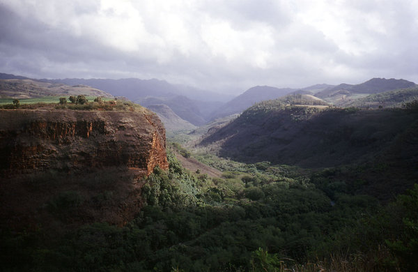 Waimea Canyon: Waimea Canyon. Kauai, Hawaii, USA