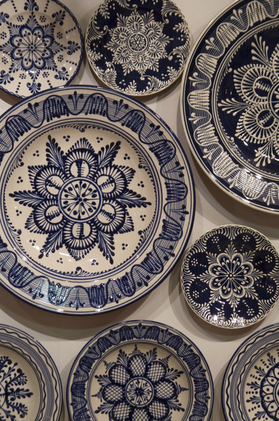 hand painted plates: plates with folk art decoration from northern Hungary