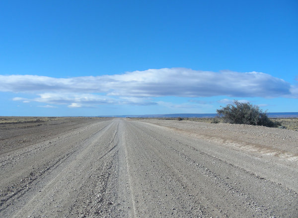 wide road: road in Argentina