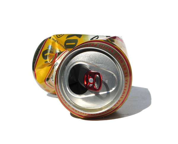 empty beer can: none