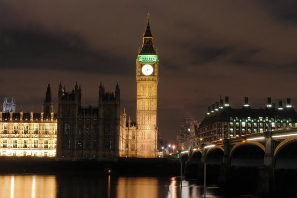 Big Ben 3: Famous clock by night