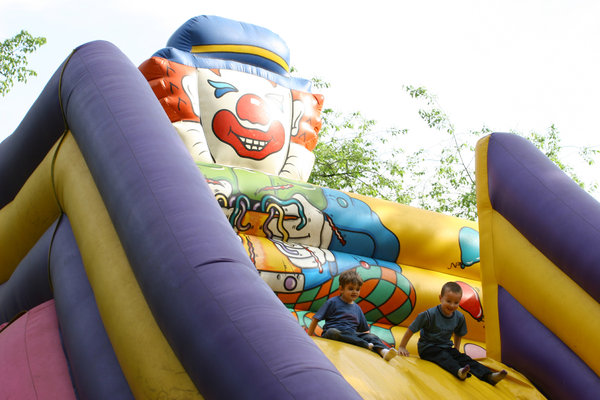 clown: slide