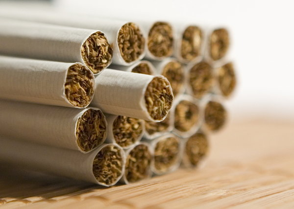cigarettes: cigarettes clouse up