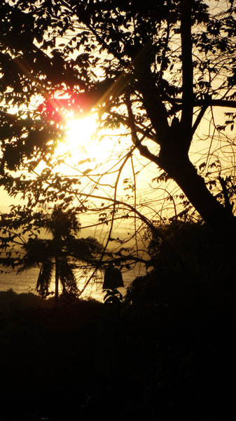 Los Baños Sunsets: Some images of the sunset from my small town in Laguna, Philippines.