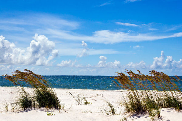 Deserted Beach: White sands, no people, blue skies......