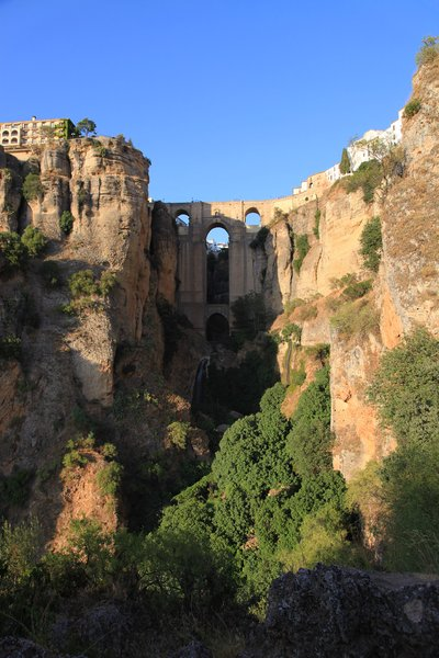 Ronda's bridge: Bridge over El Tajo in Ronda, Spain.