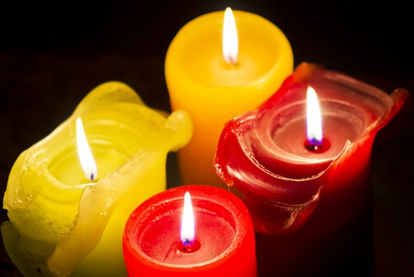 Candles: 4 candles