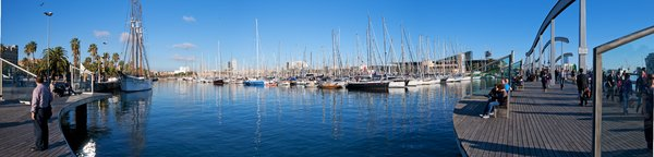 Barcelona Panorama: Barcelona harbour in november