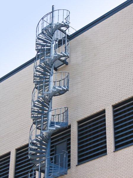 Stock De Fotos Gratis Forma De Escape De La Escalera De