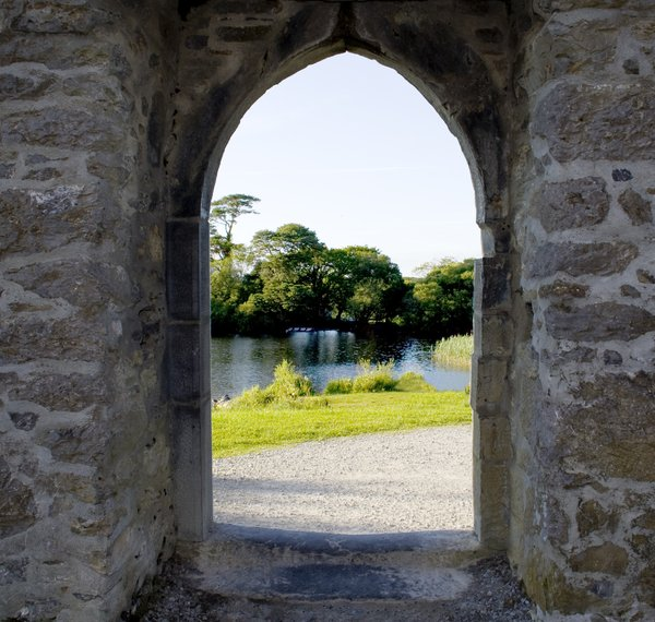 Door way to paradise: ross castke killarney kerry