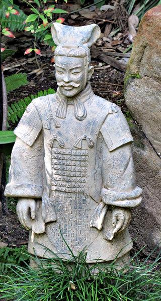 Exceptionnel Chinese Garden Warrior
