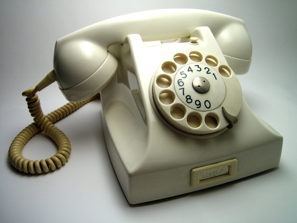 Oma's Old Telephone: Visit http://www.vierdrie.nl