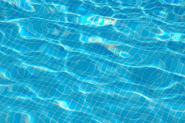 Swimmingpool: A close-up from moving water in a pool
