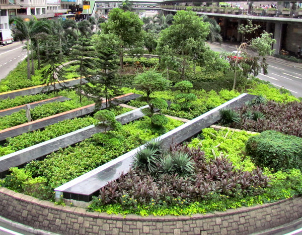 Road Island Garden