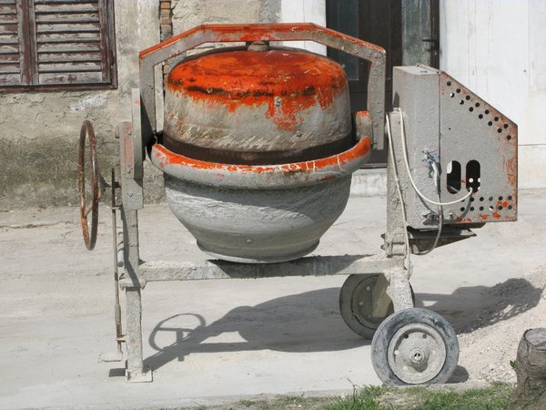 concrete mixer: none