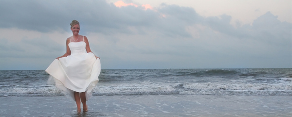 Bride of the sea: Beautiful bride enjoying the day