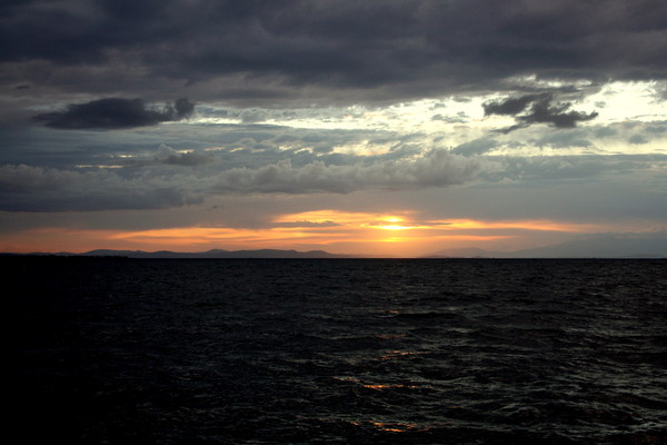 sky: a beautiful sunset over the ocean