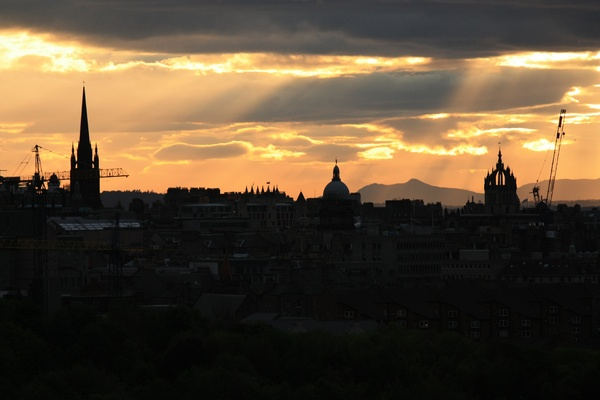 Sunset over Edinburgh: Sunset over the city of Edinburgh