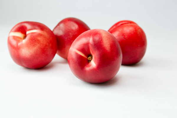 Nectarines 2: Photo of nectarines