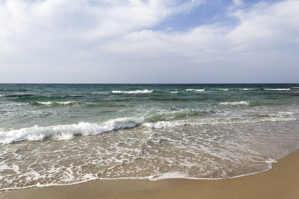 Mediterranean coastline: Coastline of the Mediterranean Sea at Caesarea Maritima, Israel.